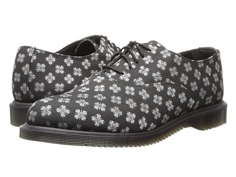 舒适透气:Dr. Martens Briar 5-Eye Oxford 女款5眼休闲牛津皮鞋 $34.99